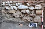 648x415_deux-chapiteaux-romans-xiie-siecle-retrouves-lors-fouilles-place-saint-sernin-toulouse.jpg